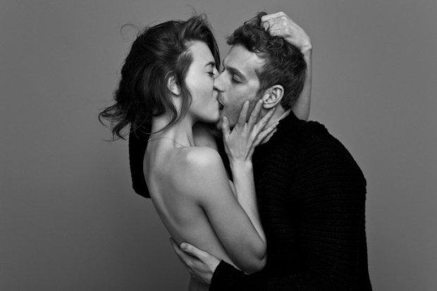 kissing01