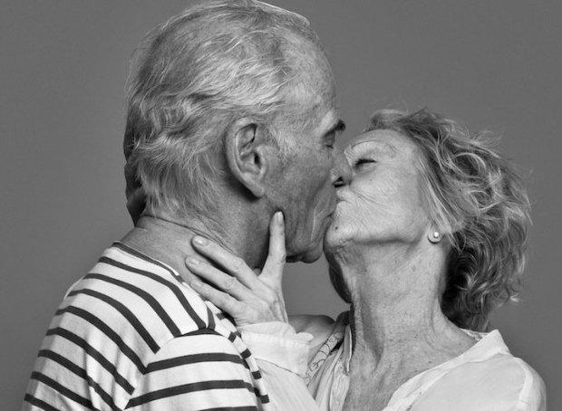 kissing061